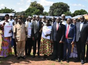 Après leur formation / 1000 jeunes du Bounkani reçoivent leur permis de conduire des mains du ministre amadou Koné