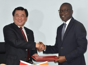 protocole d'accord aérien avec le Vice-Ministre en charge de l'Administration de l'Aviation Civile de la république populaire de Chine